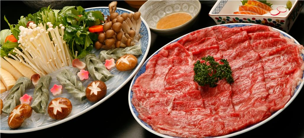 Nabe (Dishes to eat in a pot)